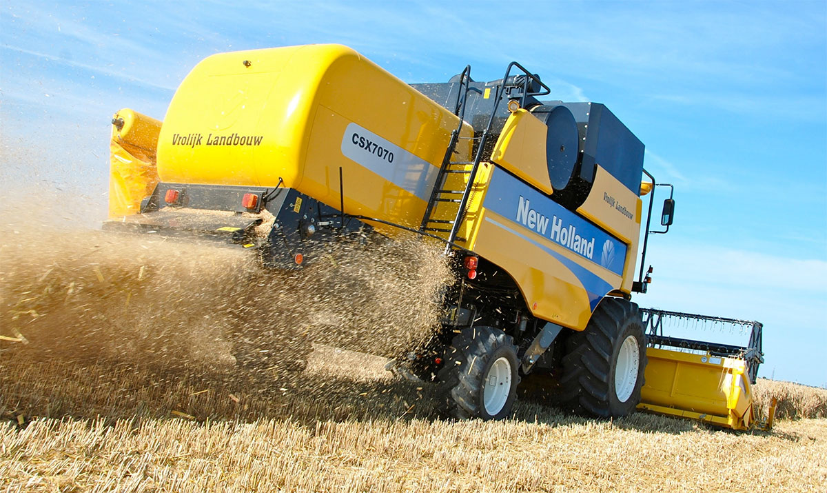 Запчасти New Holland 6090